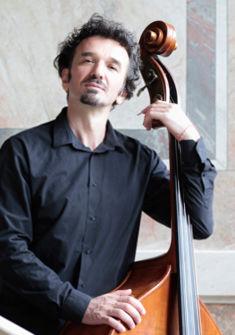 Tashko Tasheff , contrebasse