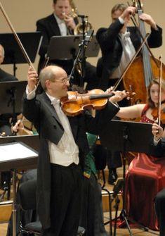 Strauss Festival Orchester Wien et Willy Büchler