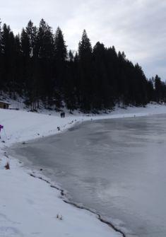 Le lac des Taillères gelé