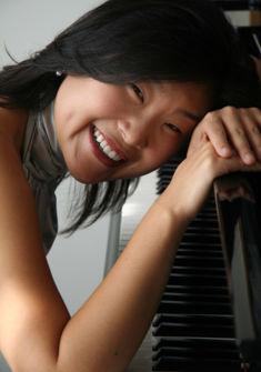 Liza Chung, pianiste