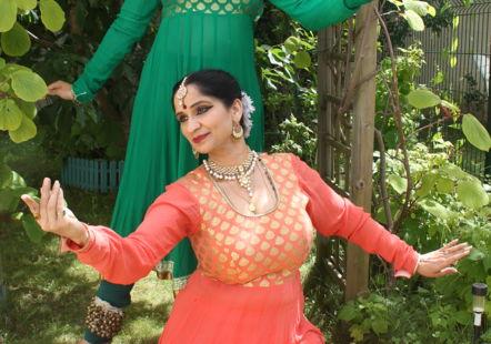 Sharmila Sharma et Annjali Shah