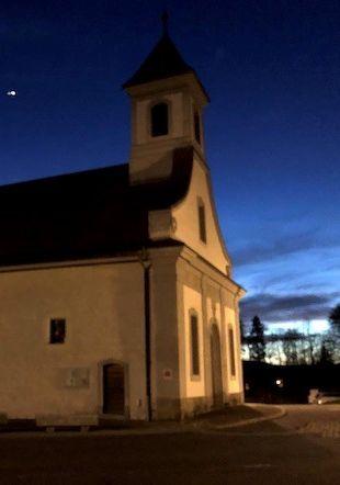 L'Abbaye de Montheron le soir