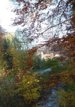 L'Abbaye de Montheron en automne