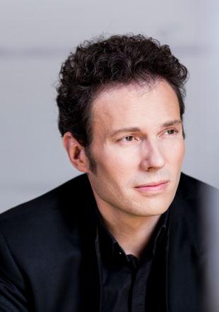 chef d'orchestre Simon Gaudenz