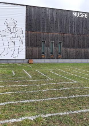 Minotaure et labyrinthe Musée Romain Vallon -CA