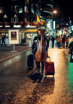dans les rues de Zermatt la nuit