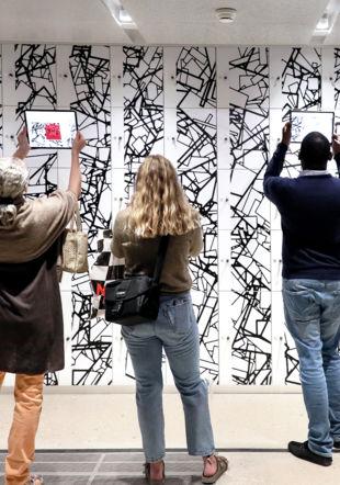 Visites commentées gratuites de l'exposition Infinity Room 2