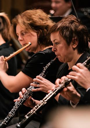 Nora Cismondi première hautbois solo et Sarah Rumer première flûte solo
