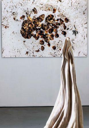 Nele Gesa Sturler sculpsture et Mario Del Curto photographie (extrait) © Alain Germond