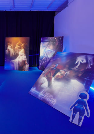 "Vue d'exposition, Giulia Essyad, ""A Selene Blues"", Fri Art, 2020. Photo : Guillaume Python Courtesy of Fri Art Kunsthalle"