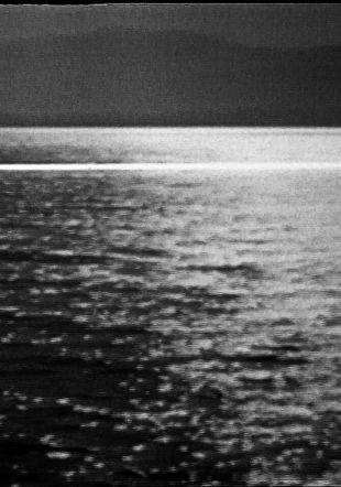 Jean Otth, Limite B (le lac) (des séries des Limites et des Vidéo-paysages), 1973, vidéo, n & b, avec son, 6'10''Musée cantonal des Beaux-Arts de Lausanne. Acquisition, 2015