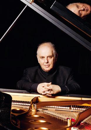 Daniel Barenboim, piano Silvia Lelli